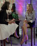 Emma Watson pretty legs & feet - And now in HQ... Foto 189 (Эмма Уотсон красивые ножки & ногами - И сейчас в штаб-квартире ... Фото 189)