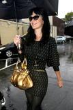 Katy Perry - Страница 4 Th_67023_celebrity-paradise.com-The_Elder-Katy_Perry_2010-01-20_-_leaving_Cravings_restaurant_0382_122_1149lo