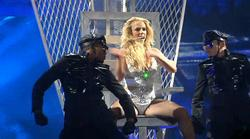 http://img196.imagevenue.com/loc407/th_835070705_Britney_Spears_Live_In_SPB.avi_20130529_172545.875_123_407lo.jpg
