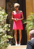 123mike HQ pictures of Victoria - Page 4 Th_02411_Victoria_Beckham_pretty_in_pink_04_123_503lo