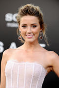 "صور Amber Heard - ""Salt"" Premiere in Los Angeles, July 19, 2010 *updated* th_41707_aMbErHeArDsAlTsCrEeNiNg071910nBs52_122_54lo.jpg"