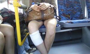 Upskirt-pics-of-Candid-Leg-and-Panty-Shots--o4i9nkw24f.jpg