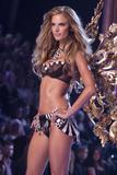 th_20578_Victoria_Secret_Celebrity_City_2007_FS_3368_123_597lo.jpg